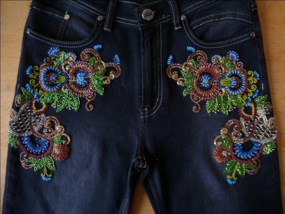 Декор из бисера на джинсах