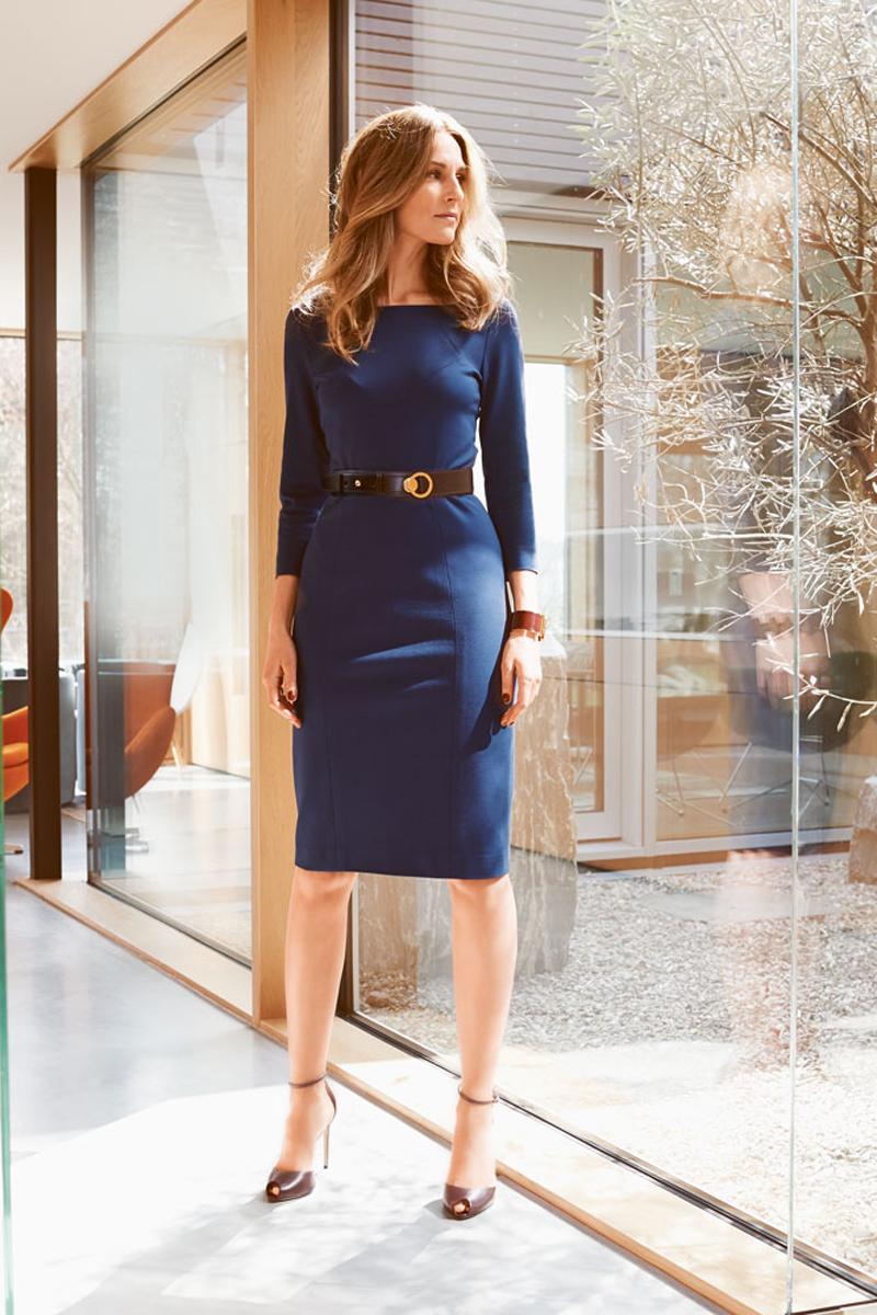 Платье из эластичной ткани