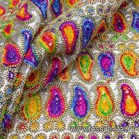 Парча с вышивкой (н) яркий орнамент на серебре - итальянские ткани Тессутидея арт. 03-5617