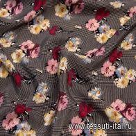 Крепдешин (н) цветочный рисунок на черно-бежевой стилизованной клетке - итальянские ткани Тессутидея
