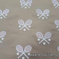 Хлопок для тренча с вышивкой (о) теннисные ракетки на бежевом в стиле Ralph Lauren - итальянские ткани Тессутидея