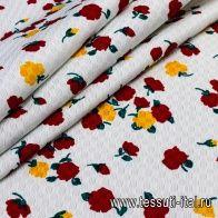 Жаккард (н) красно-желто-зеленый цветочный орнамент на белом - итальянские ткани Тессутидея