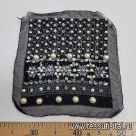 Аппликация черно-белая из стекляруса, страз, пайеток и жемчуга на черном шифоне 22*24см - итальянские ткани Тессутидея