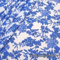 Батист (н) голубой растительный принт на белом - итальянские ткани Тессутидея